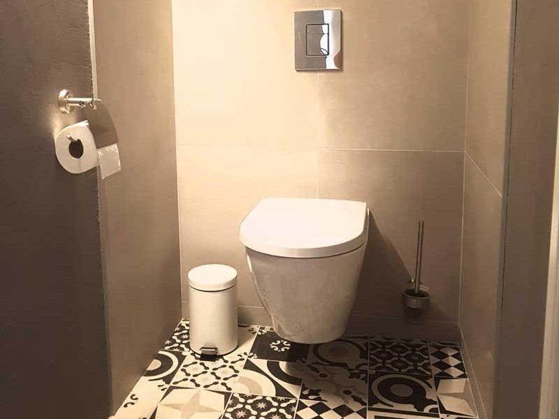 Toilettes de la chambre